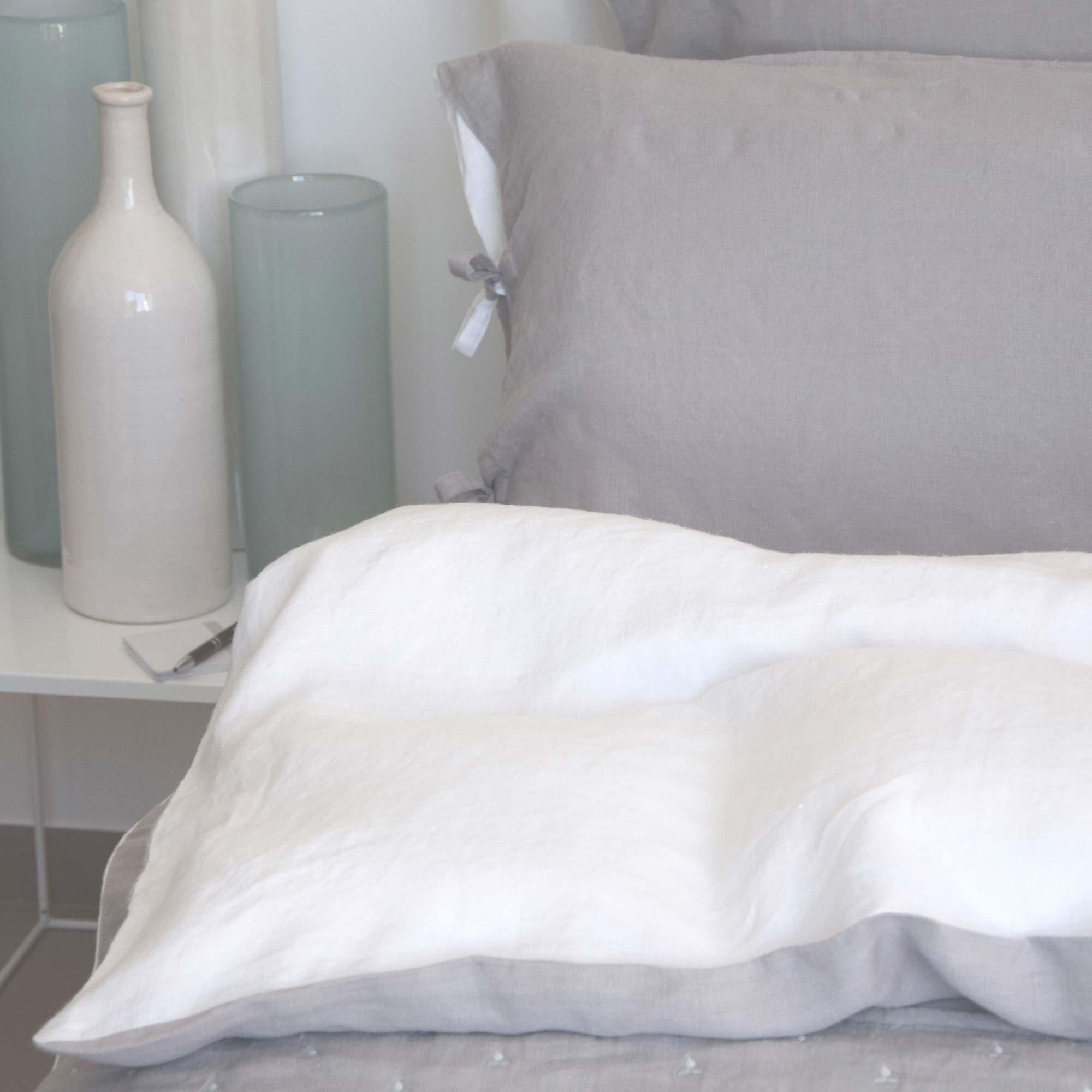 housse de couette bicolore coloris percale jalla framboise m re pictures to pin on pinterest. Black Bedroom Furniture Sets. Home Design Ideas