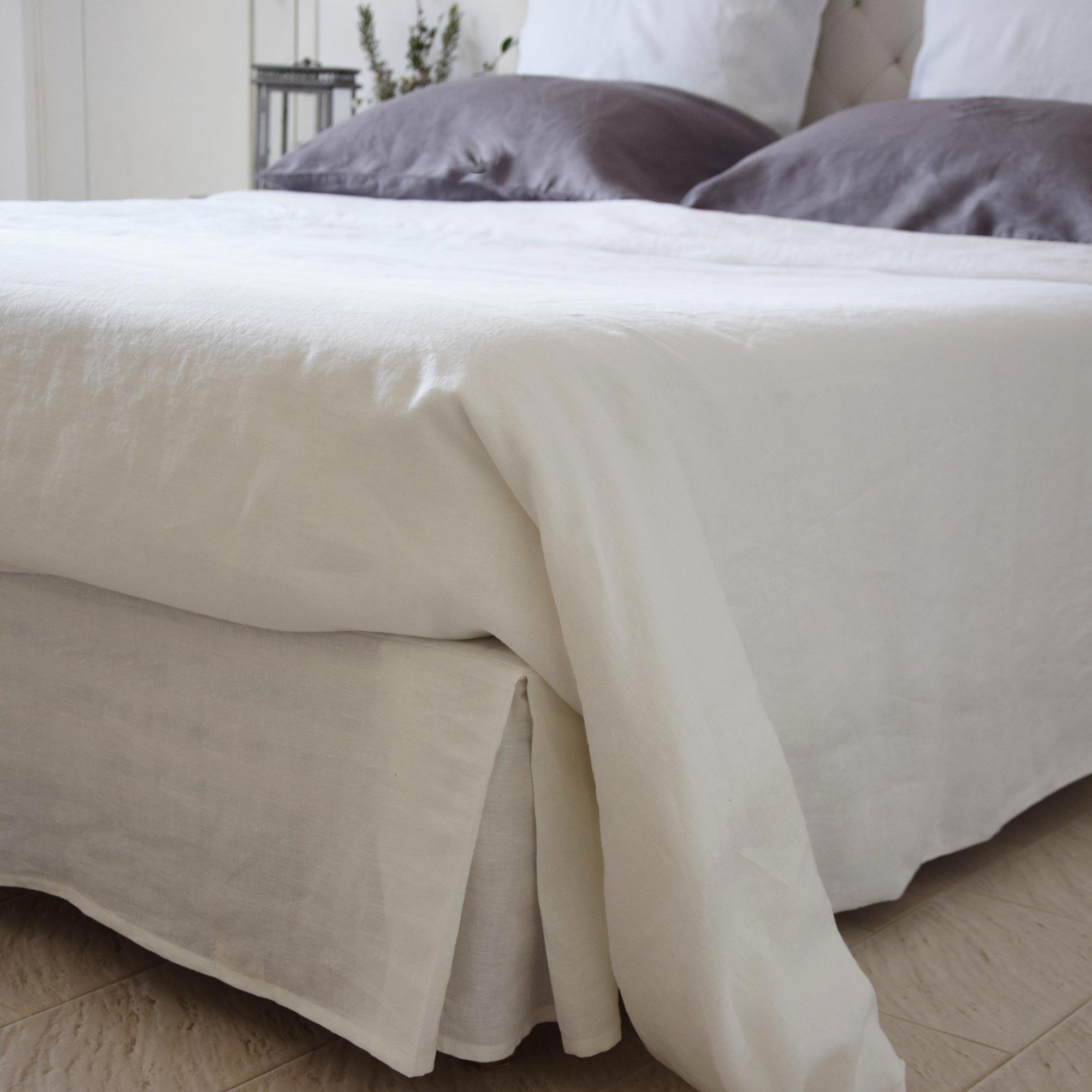 linge de lit cache sommier Cache sommier en lin blanc   Maison d'été linge de lit cache sommier