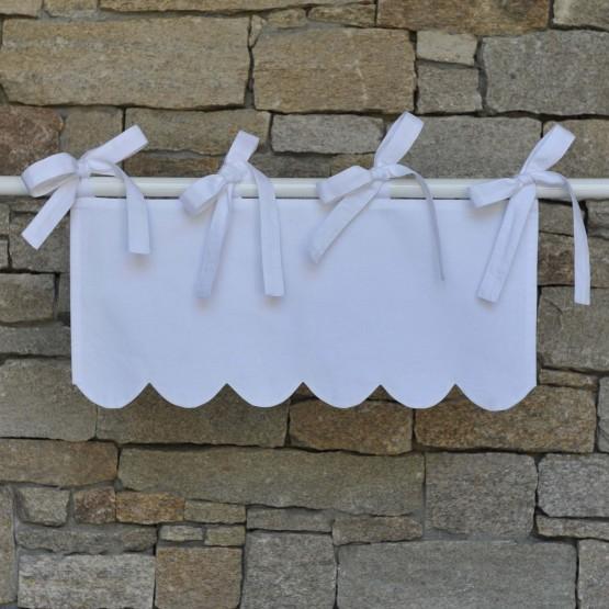 White cotton festooned mini valance