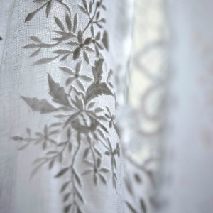 Rideau Nantes blanc lin et dentelle