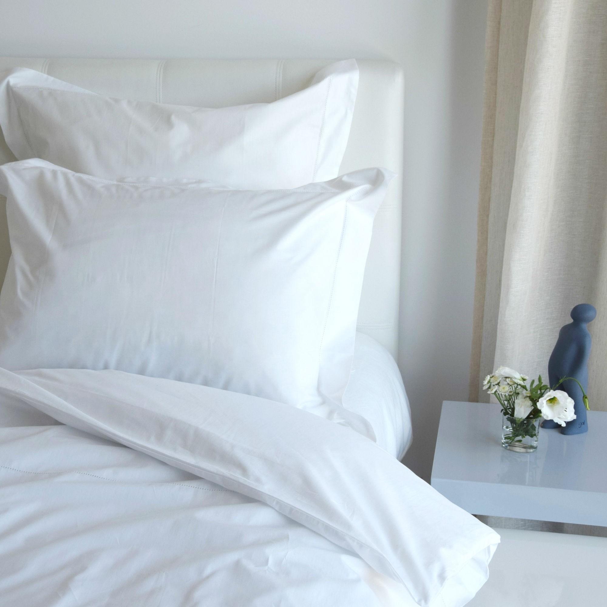 White Percale Pillowcase 200 Tc Embroidery Awl