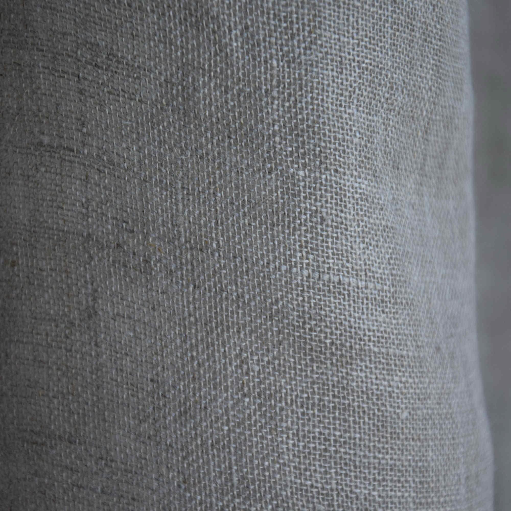 alinea rideaux voilages finest rideau illets occultant xcm taupe with alinea rideaux voilages. Black Bedroom Furniture Sets. Home Design Ideas