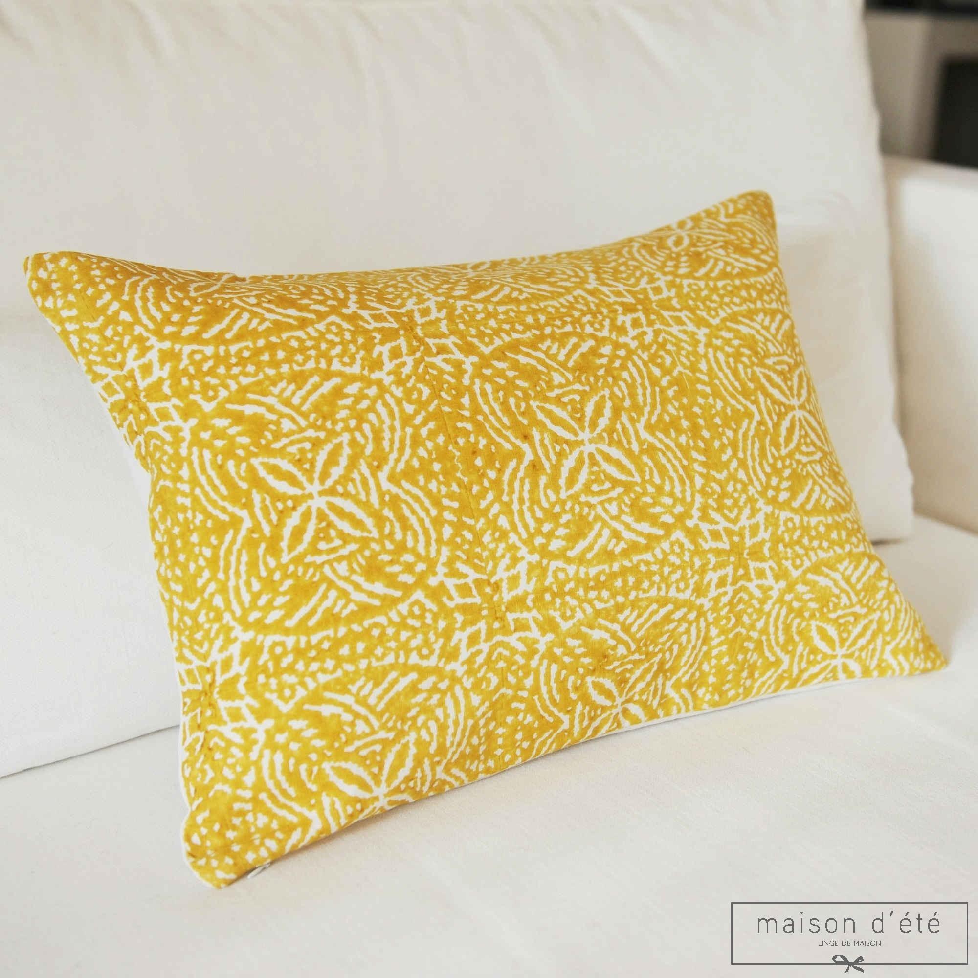 coussins décoratifs en lin et coton
