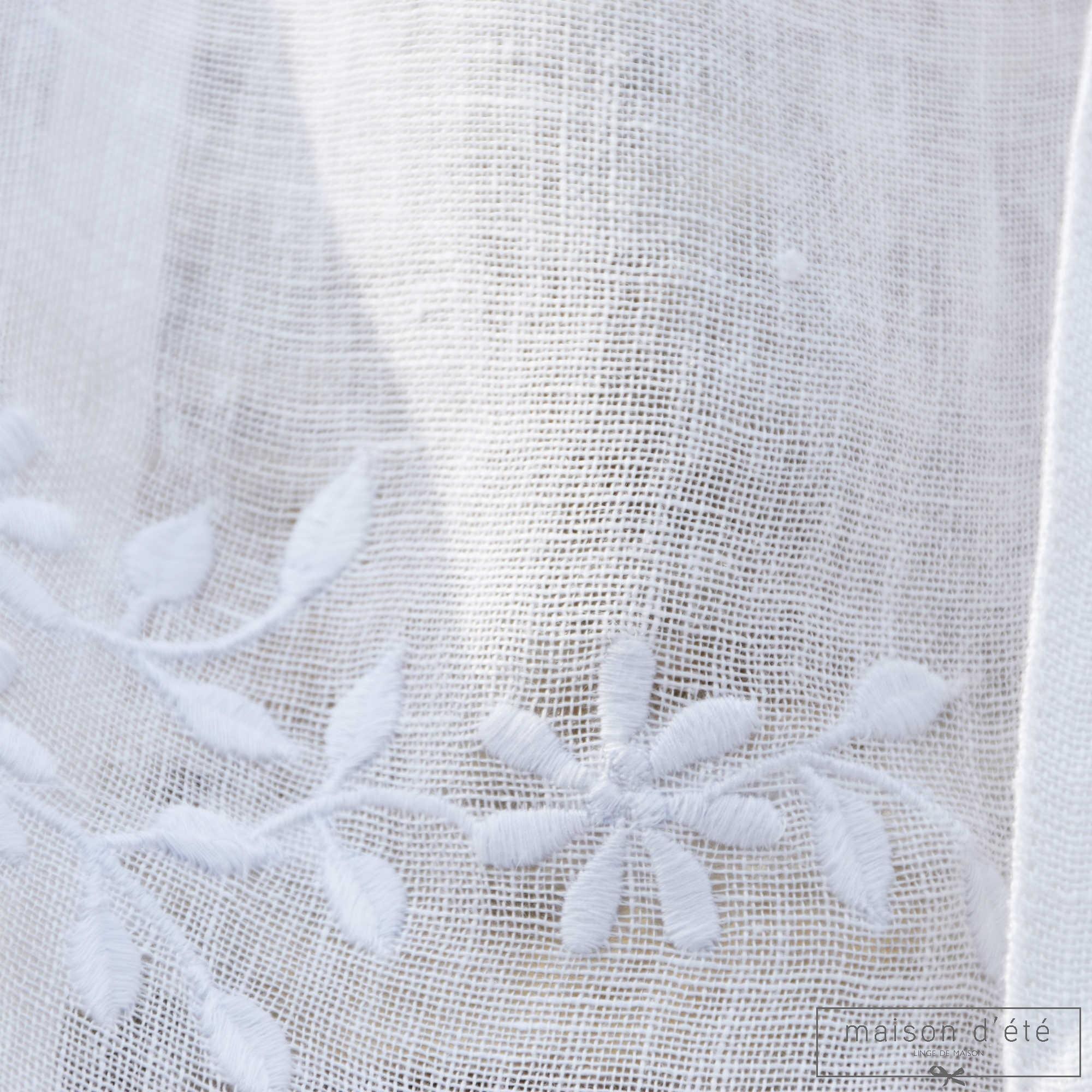 rideau en lin blanc saint paul de vences. Black Bedroom Furniture Sets. Home Design Ideas