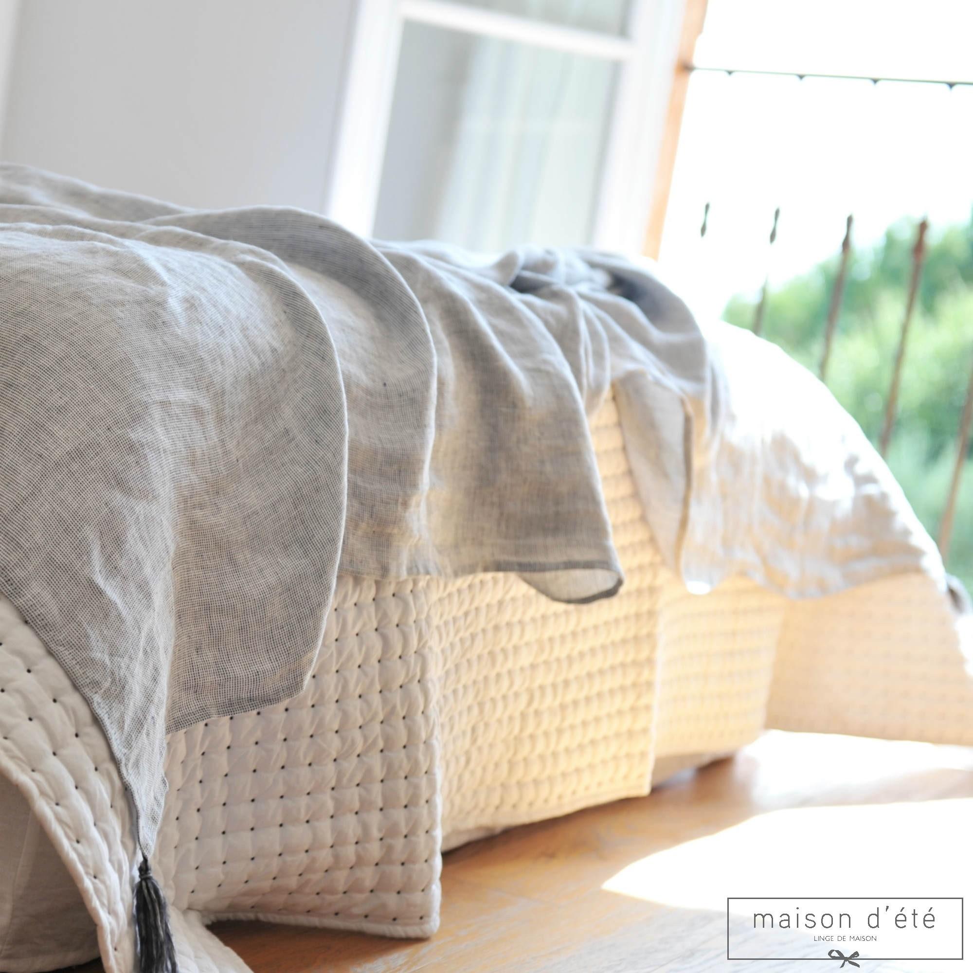 plaid en lin panama. Black Bedroom Furniture Sets. Home Design Ideas