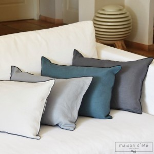 Blue duck linen cushion 35x50 with black bourdon stitching