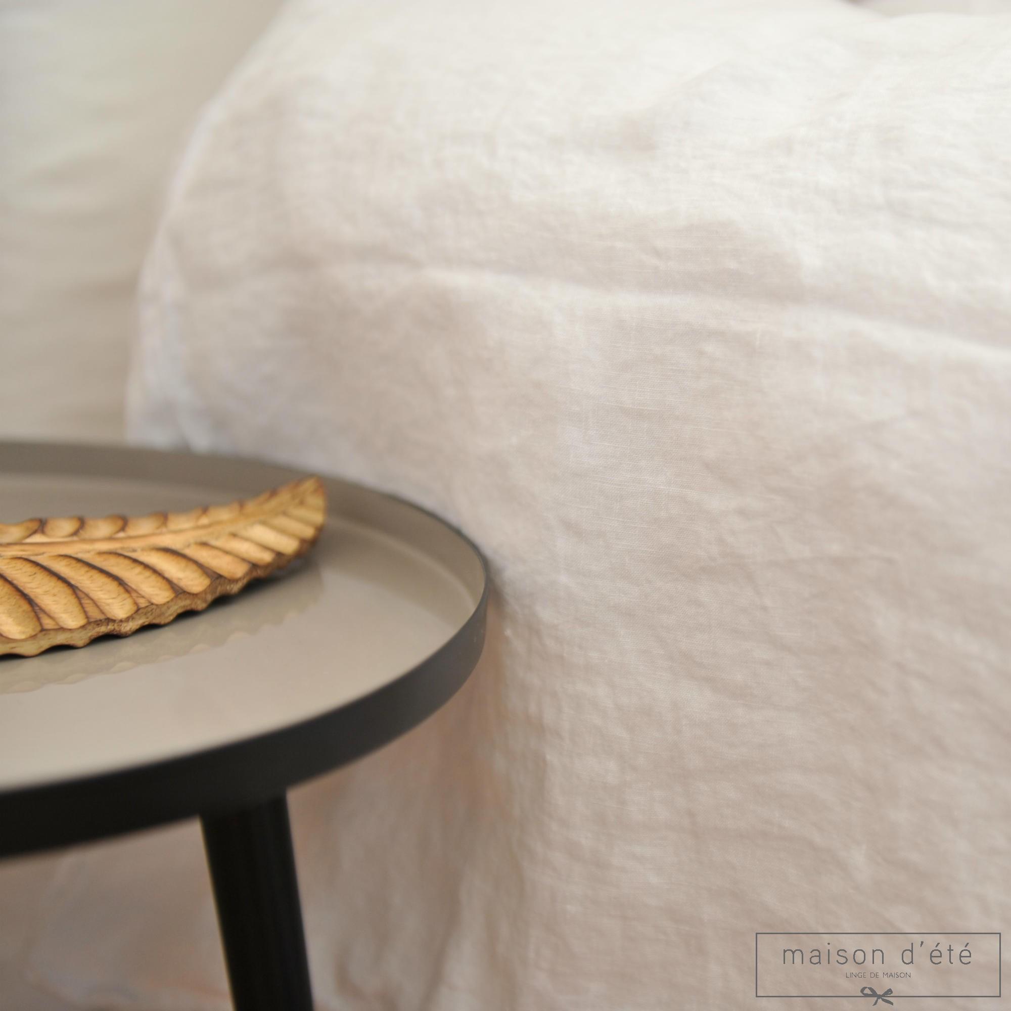 housse de couette en lin lav blanc par maison d 39 t. Black Bedroom Furniture Sets. Home Design Ideas