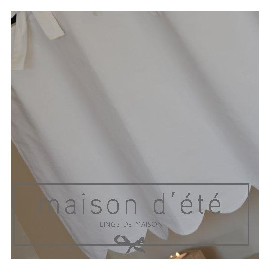 White cotton festooned valance