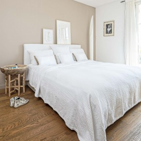 Dessus de lit gaze de coton blanc