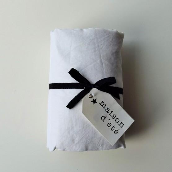 drap housse lin lav blanc maison d 39 t. Black Bedroom Furniture Sets. Home Design Ideas